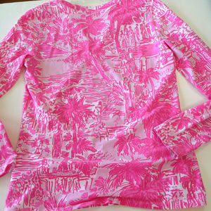 Lilly Pulitzer Tops - Lilly Pulitzer pink knit Kayleigh top S V neck